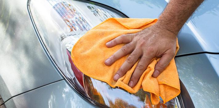 Car Headlight Cleaning