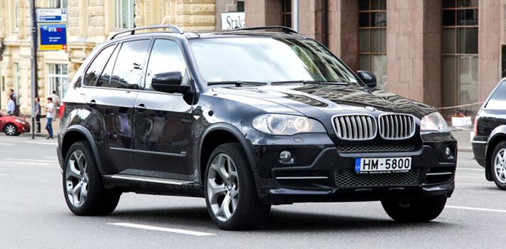 BMW E70 X5 Car